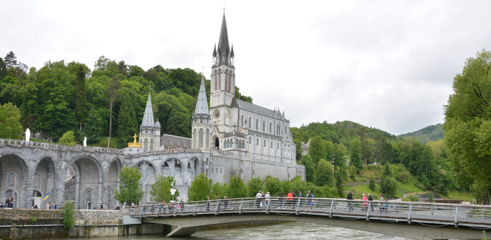 Places available to visit Lourdes in August